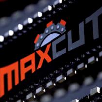 "Maxcut™ .375"" Pitch Ductile Iron 64 Link"